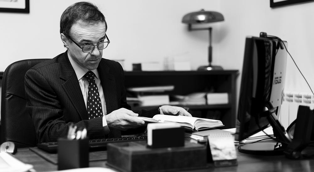 Avvocato-Professore-Giuliano-Lemme-Università-Modena-Reggio-Emilia-Diritto-Bancario-Vite-Vino
